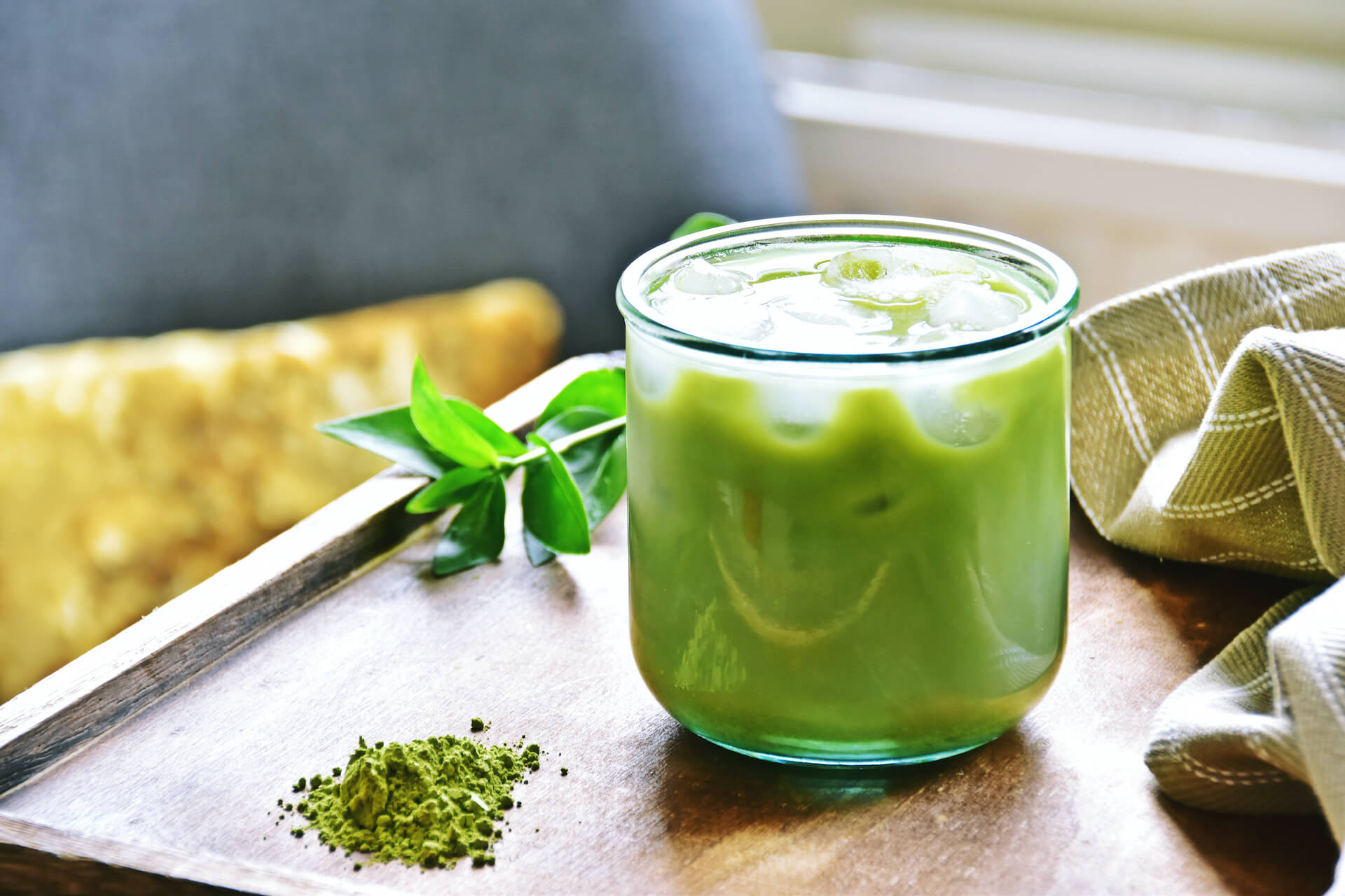 green tea drink with ice