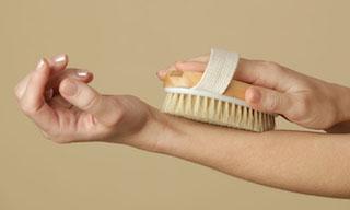 skin brushing for pandemic stress